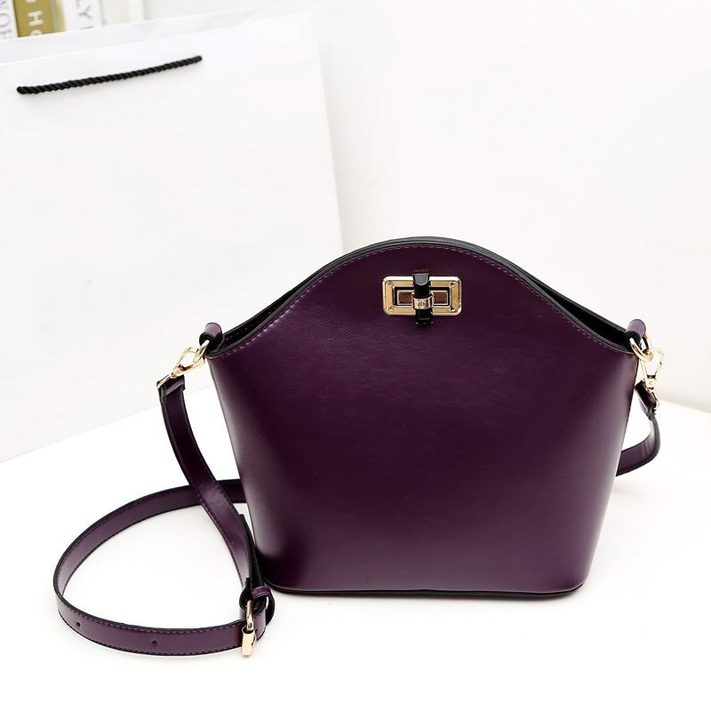 Picture of women handbag new retro diagonal